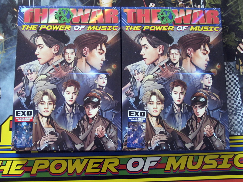 signed EXO autographed following 4th album THE WAR: The Power of Music CD+photobook K-POP 092017
