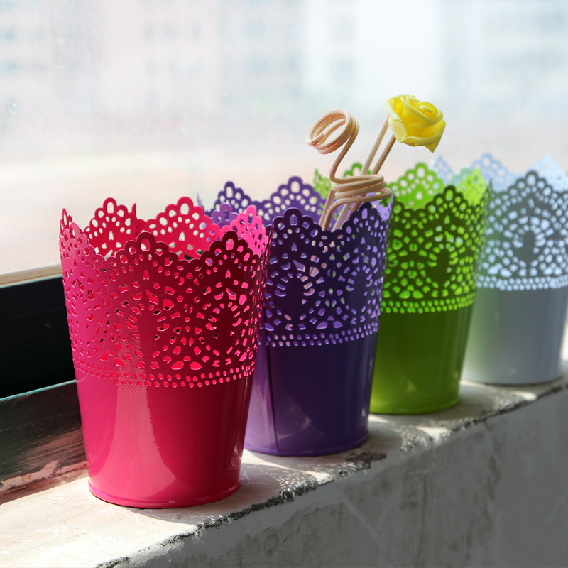 New Pretty Cut Out Design Metal Plant Pot Yin Bucket Candy