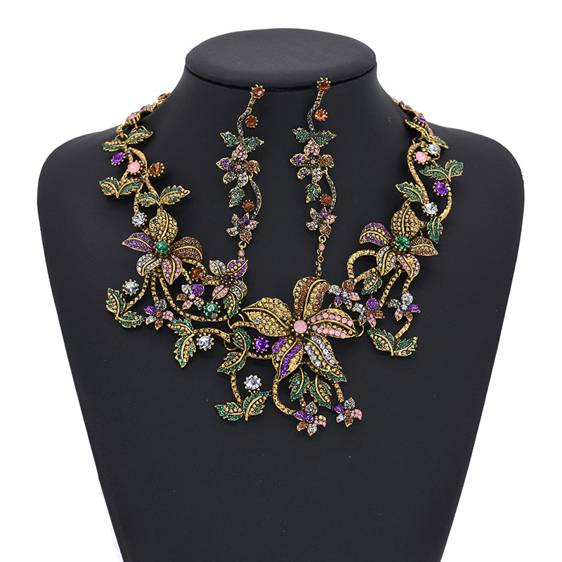 Free Shipping Beautiful Vintage Color Full Stone CZ Flower Earrings And Necklace Jewelry Set For Women