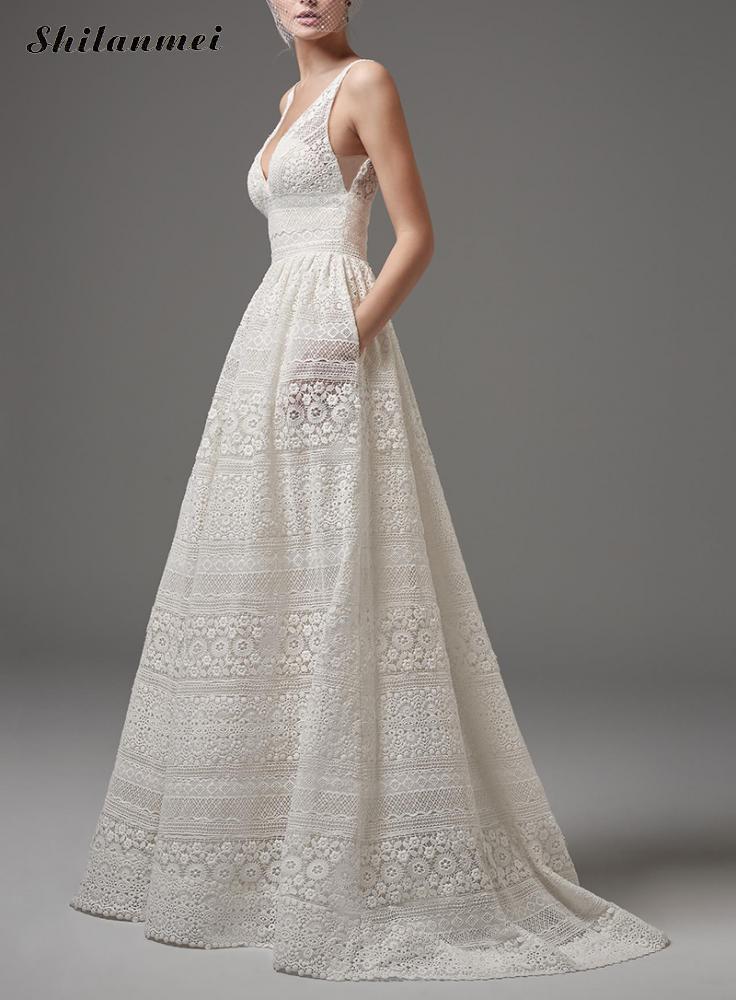 Elegant White Lace Deep V Neck Long Dress Sleeveless Vintage Sexy Off Shoulder Black Party Dress Plus Size Backless Vestidos 5xl