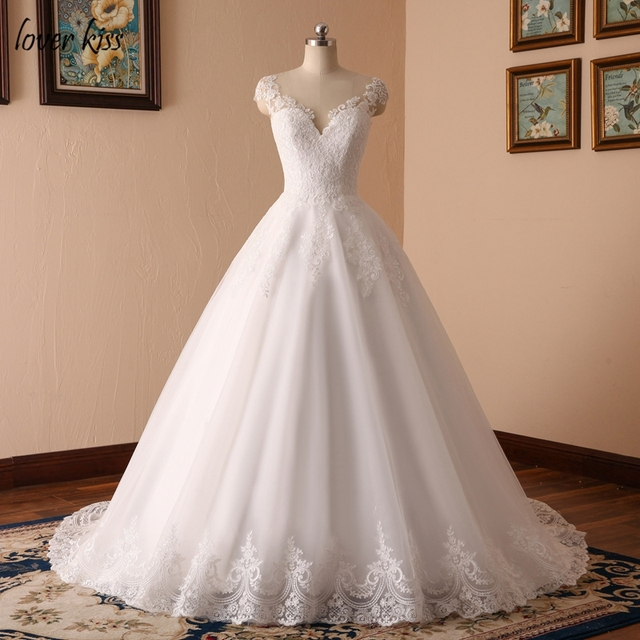 Lover Kiss Robe Mariage 2018 V Neck Bridal Ball Gowns Sleeveless Wedding Dresses Lace Liques