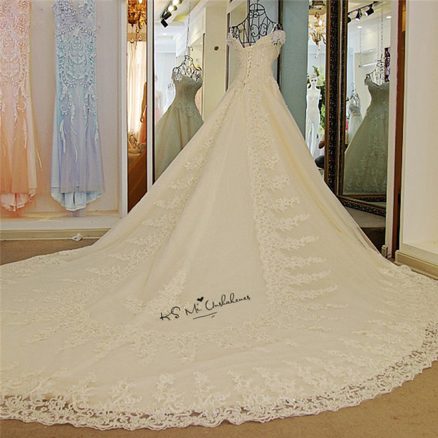 66ada720c6 Amazing Church Long Train Wedding Dresses Abiti Da Sposa Lace Pearls Wedding  Gowns Princess Vintage Bride