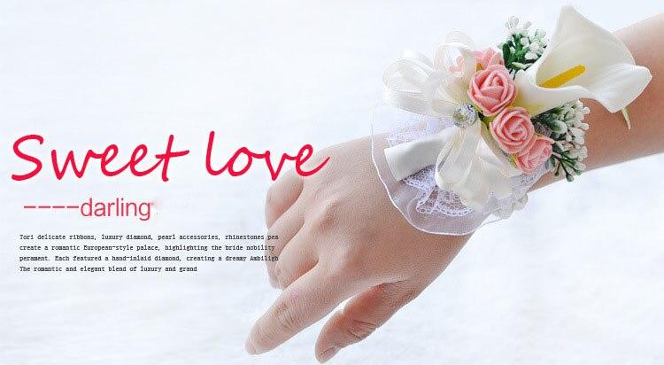 white wedding wrist corsage boutonnieres roses  (7)