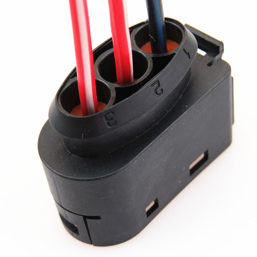 Tuke New Fuse Box Connector 3 Pin Plug Cable For Vw Beetle Bora Jetta Mk4 Golf A3 Tt 1j0937773 1j0 937 773 In Fuses From Automobiles Motorcycles 1999 Volkswagen Card On