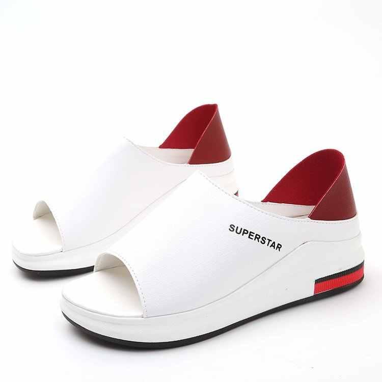 PLUS ขนาดฤดูร้อนแบนรองเท้าแตะผู้หญิงกีฬาแฟชั่นผสมสี SLIP-ON หนัง PU ลื่นแพลตฟอร์มชายหาดรองเท้าผู้หญิง