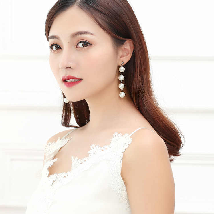 Japan and South Korea simple temperament earrings exaggerated pearl tassel long earrings Beaded allergy stud earrings