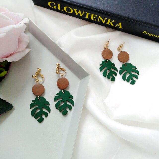 Retro wood leaves earrings 3