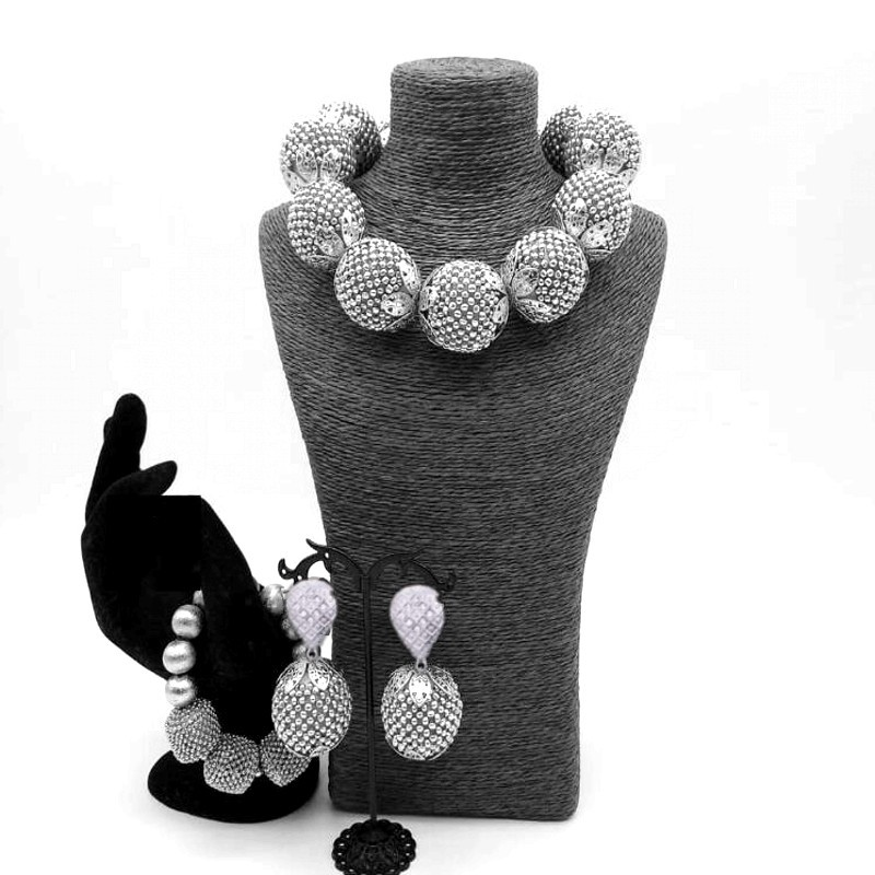 Dubai Jewelry Sets Silver Balls Bridal Jewellery Sets Indian Handmade Crystal Nigerian Wedding Necklace Set of Jewelry For Women stonefans rosered dubai jewelry sets for women in nigerian wedding set prom necklace rhinestone necklace and earing sets wedding
