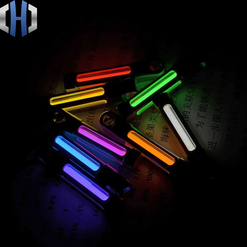 Self illuminating Xenon Lamp Fluorescent Fluorescent Luminous Life saving Titanium Pendant Creative Key Ring Signal Light