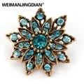 WEIMANJINGDIAN Marke Lot von 3 PCS Vintage Gold Farbe Überzogen Kristall Strass Blume Brosche Pins für Frauen in Verschiedenen