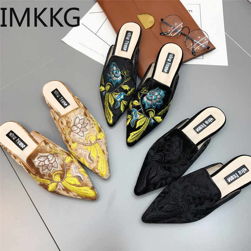 2019 gold velvet mules shoes women embroidery flower slippers pointed toe flock moccasins embroider floral loafers flats F90107