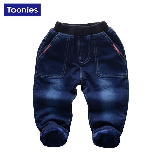 2017 Nuevos Niños de la Llegada del Otoño Invierno Pantalones Vaqueros Niños Pantalones niños Bebés Pantalones Engrosamiento Cachemir Cálido Pantalones Vaqueros de Alta Calidad