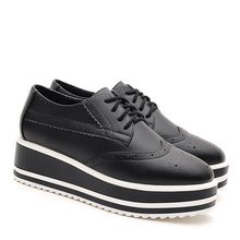 Women's Spring Lace-up Platform Casual Shoe Brogues Thick Sole British Style Hollow-out Designer Female Footwear Shoes For Women