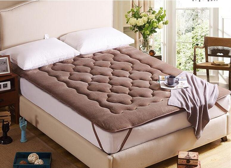 High quality Folding Tatami Thicken Farley velvet plum blossom mattress Bedding article