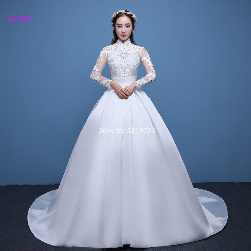 Платье атласное простое