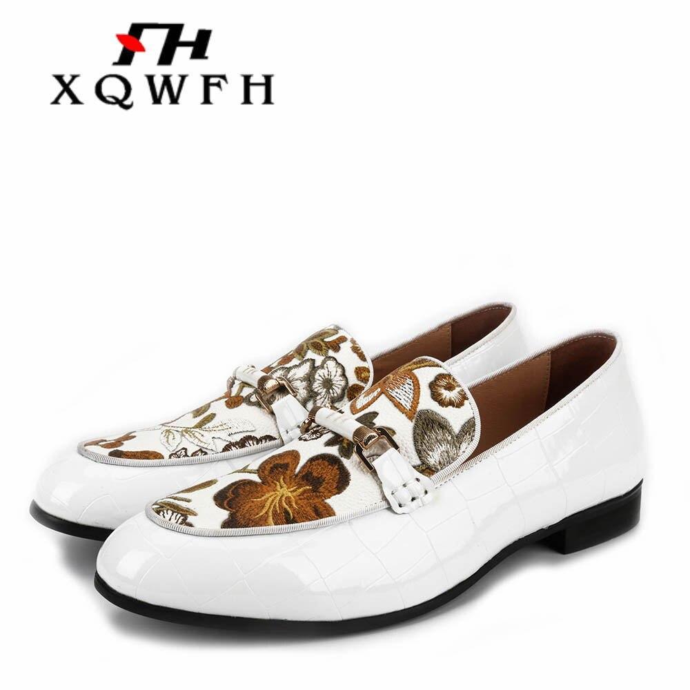 รองเท้าทำด้วยมือผู้ชายหนังสีขาวและพิมพ์ผู้ชายสบายๆรองเท้าผู้ชายรองเท้าแบนรองเท้า Stylist รองเท้าผ้าใบ-ใน รองเท้าลำลองของผู้ชาย จาก รองเท้า บน   1