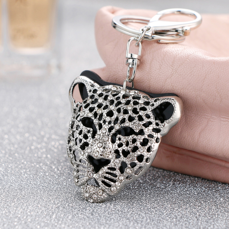 2018 NoEnName_Null new style cold air black panther head key ring free freight key ring