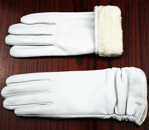 Image 5 - Leather gloves sheepskin gloves white female models elastic thin cashmere lining weatherization armband sets free shipping 2018
