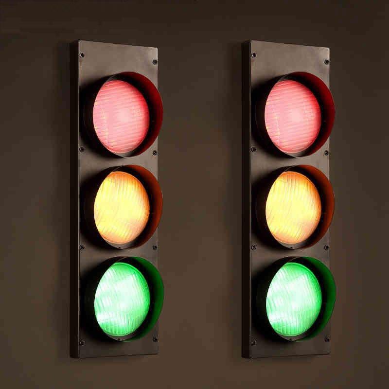 Loft Style Industrial Traffic Lights LED Wall Lamp Wind Creative Retro Restaurant Cafe Bar LED Traffic Light Caution Wall Lamp