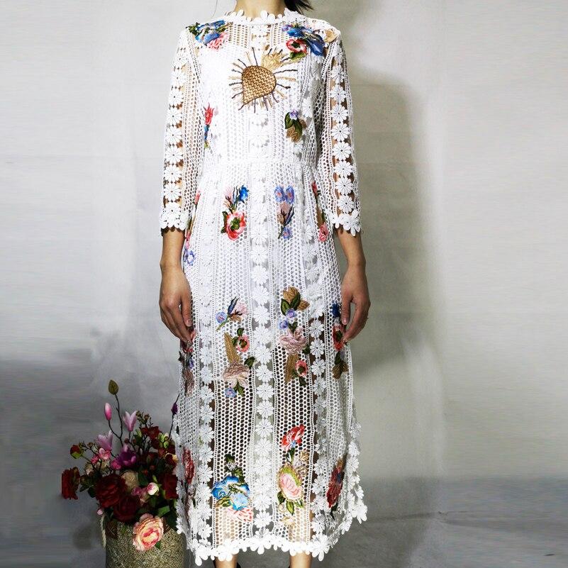 Haute qualité créateur robe de piste femmes 3/4 manches fleur Applique de luxe brodé dentelle haute rue mode mi mollet robe - 2