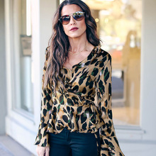 2019 hot womens spring new leopard print trumpet sleeves shirt free shipping