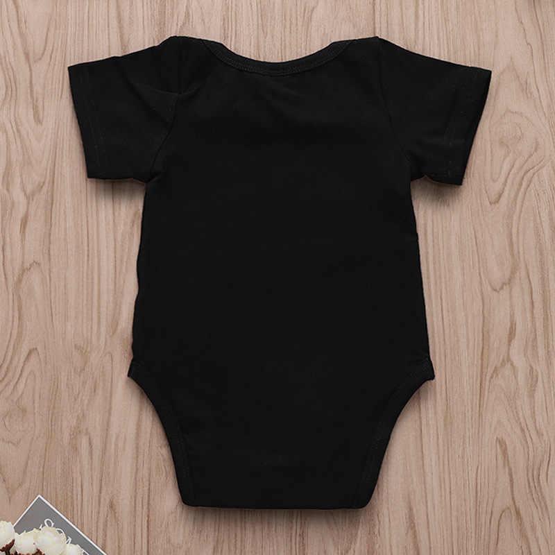 Черное детское боди с короткими рукавами, маленький хлопковый комбинезон для мамы, папы, милый счастливый принт, 0-18 месяцев, забавная одежда для новорожденного мальчика и девочки