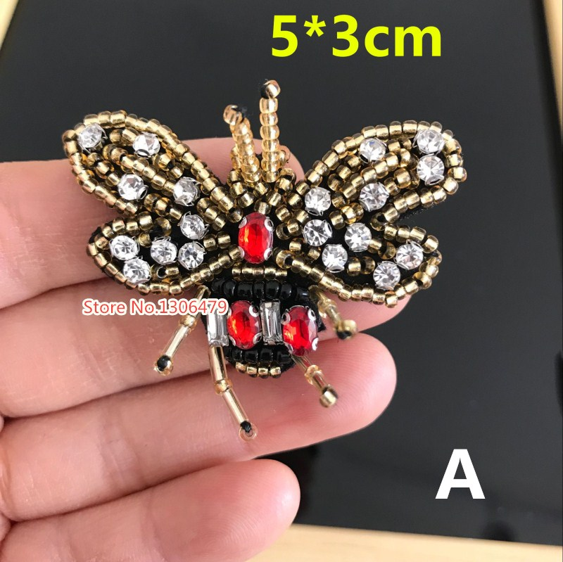 5pcs/lot exquisite Handmade Beaded bee cloth paste Can be used for the decoration of the hat and shoes DIY clothing accessories