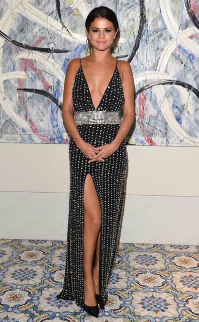 Selena Gomez Long Dress Y V Neck Spaghetti Full Beading Crystal Prom 2017 Luxury Red