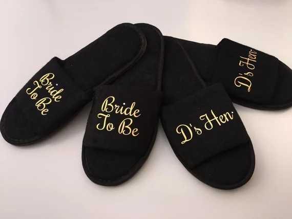 ปรับแต่งสีดำทองงานแต่งงานเจ้าสาวเจ้าบ่าวสปารองเท้าแตะรองเท้าแตะ hen night Bachelorette party favors ของขวัญ