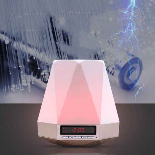 2017 New Hot Gem With A Screen Alarm Clock Bluetooth Speaker