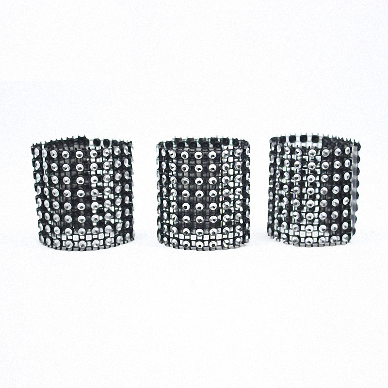 20pcs High Quality Cool Black Wreath Crafts Bling Napkin Rings for weddings  Crystal Birthday Party decoration Table Setting -in Napkin Rings from Home  ... ebaaee988c38