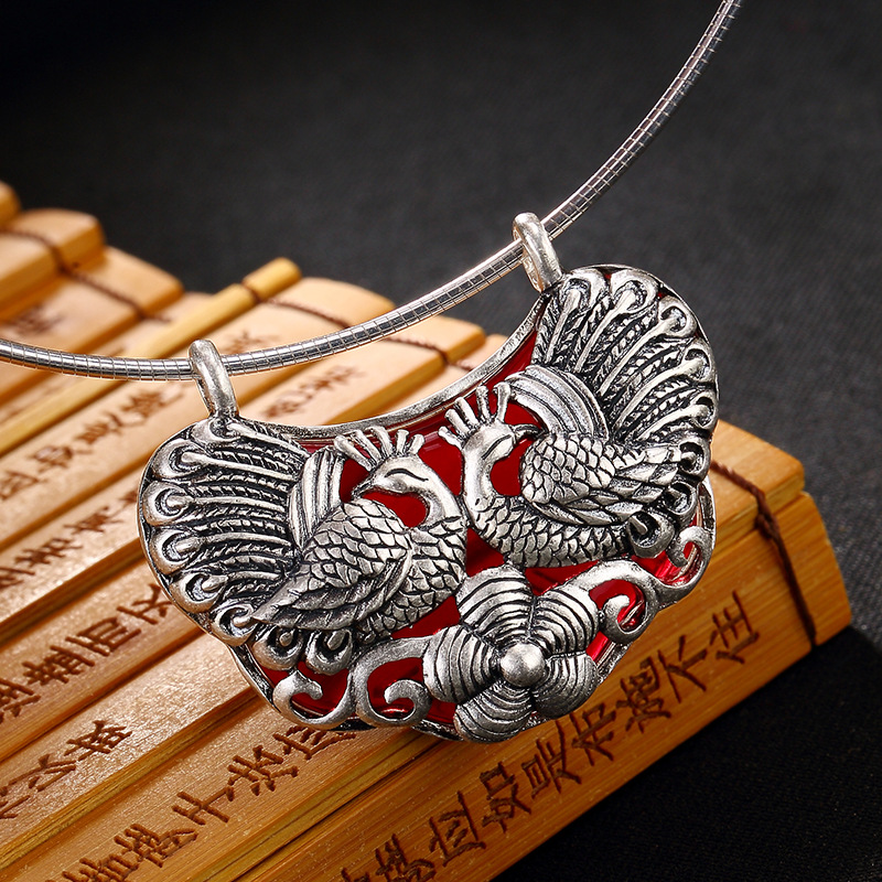 restoring ancient ways is the peacock plum flower inlaid chalcedony pomegranate red pendant chain female long sweater
