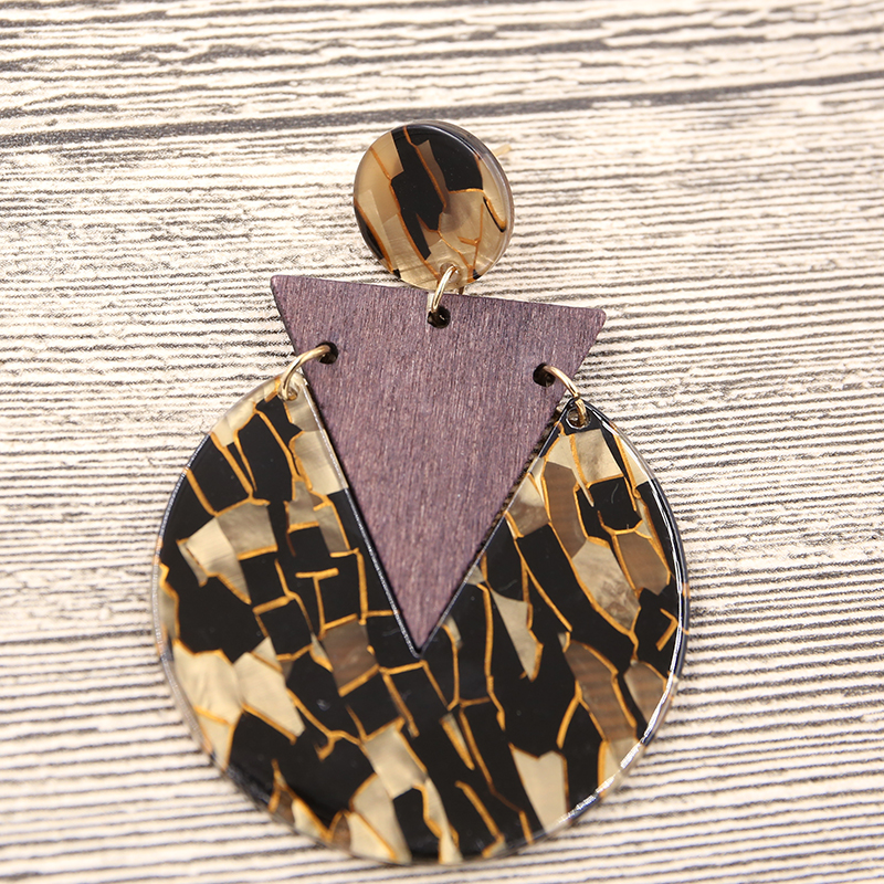 STRATHSPEY leopard Acrylic Earrings tortoiseshell earring Triangle wooden earrings for Women Geometric Fashion Jewelry in Drop Earrings from Jewelry Accessories