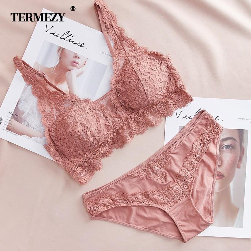 Fashion Sexy   Bra     set   Lingerie Women's Lace Underwear eyelash Lace Lingerie   Set   Thin lined 3/4 cup Bralette V neck new arrival