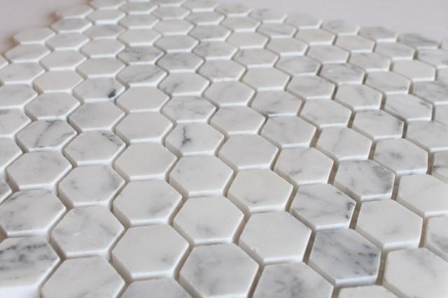 Lucido hexagon bianco carrara marmo mattonelle di mosaico per la
