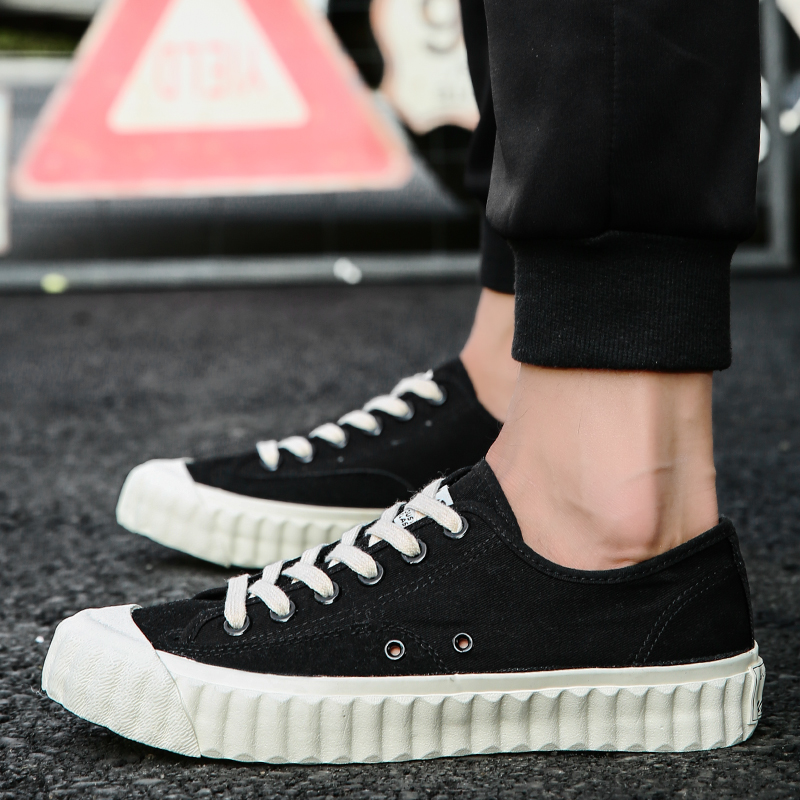 2018 New Arrival four seasons Comfortable Casual Shoes Men Canvas Shoes For Men Lace-Up Brand Fashion Flat Loafers Shoes