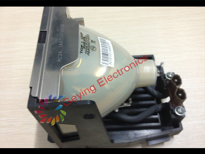 ORIGINAL Projector Lamp POA-LMP59 UHP 250W for C-XT10A / PLC-XT11 / PLC-XT15A / PLC-XT15KA / PLC-XT16 / PLC-XT3000 replacement projector lamp bulbs with housing poa lmp59 lmp59 for sanyo plc xt10a plc xt11