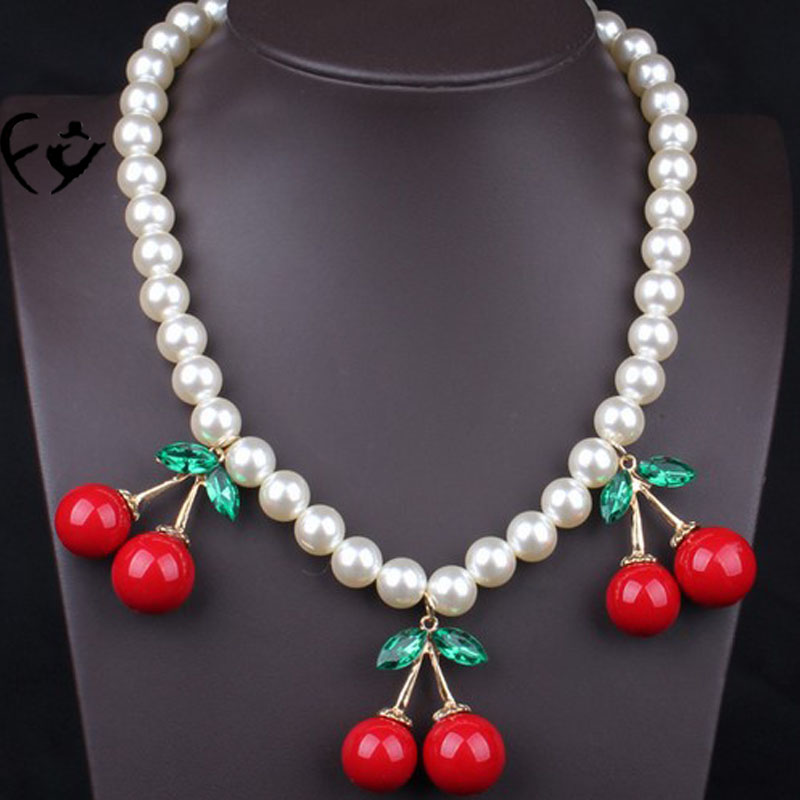New product contracted pendant necklace lovely three cherries FY18091710