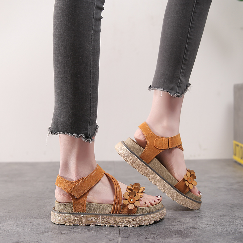 89340a2e7f7 Gladiator Sandals Genuine Leather Summer Women Shoes Flower Platform Rome  Shoes 2018 Summer New Large Size 43 Female Shoes-in Middle Heels from Shoes  on ...