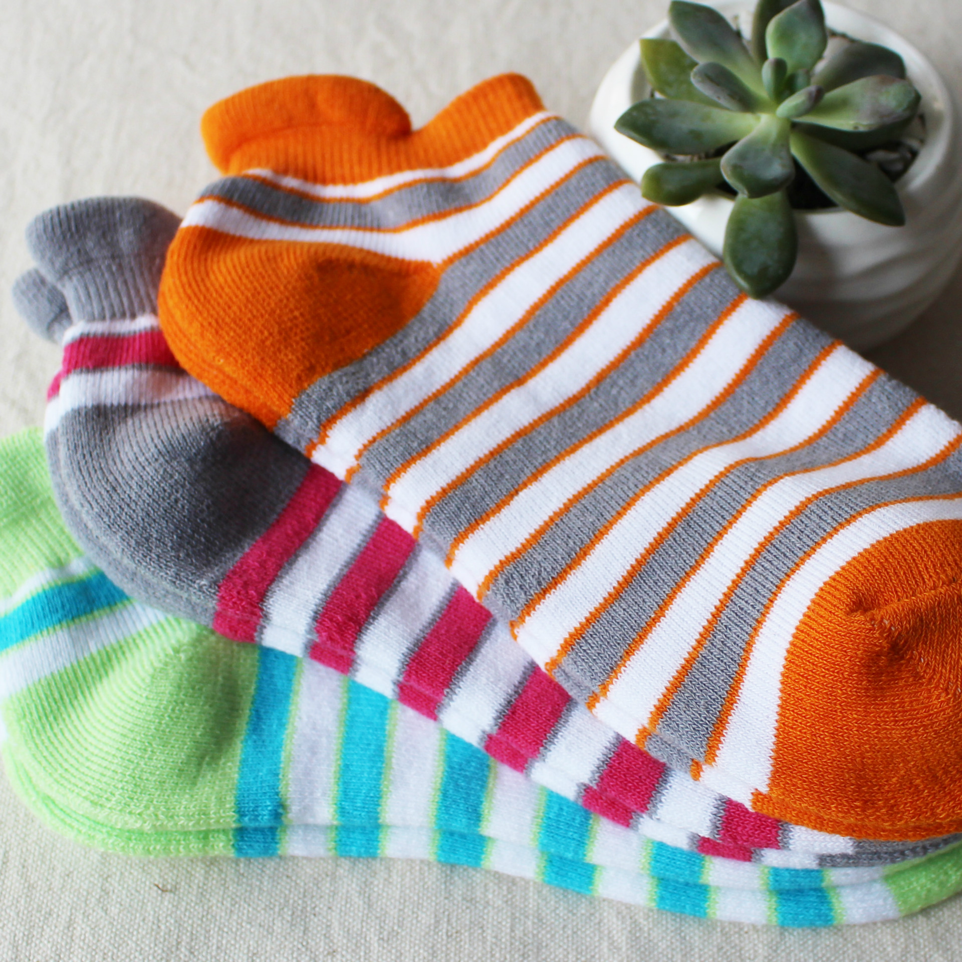 simple style Brand Creative short sock Cute Striped Cotton Socks Female Spring Autumn Fashion unisex Adult low cut ped sock 2017