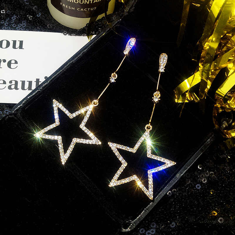 2019 New Shiny Rhinestone Star Earrings Hollow Five-pointed Long Drop Dangle Crystal Earrings for Women Romantic Fashion Jewelry