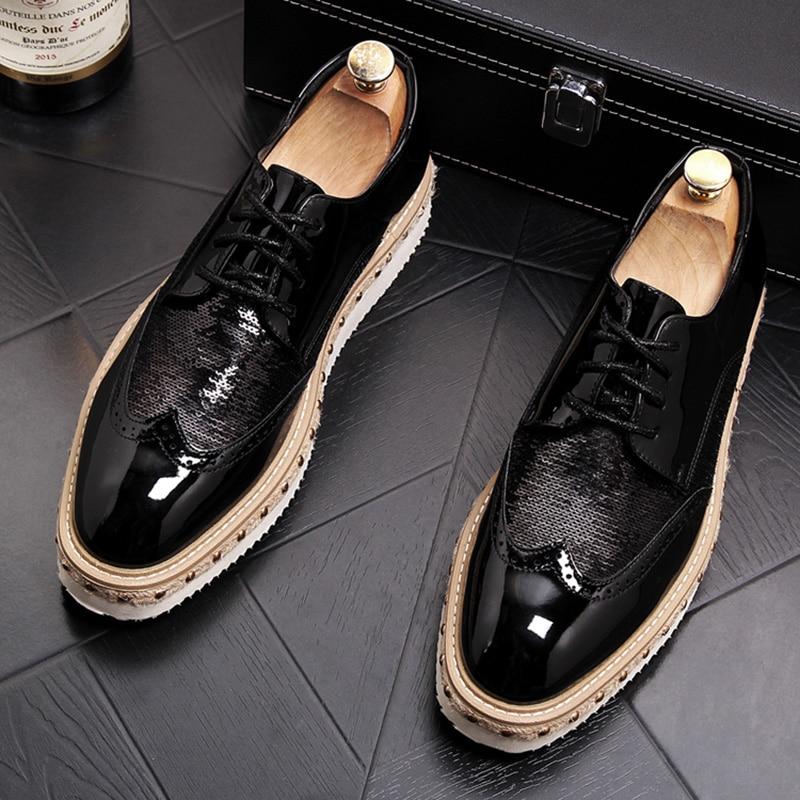 Style britannique hommes soirée tenue de club brillant en cuir verni bullock chaussures sculpté brogue oxford chaussures jeunes baskets à plateforme
