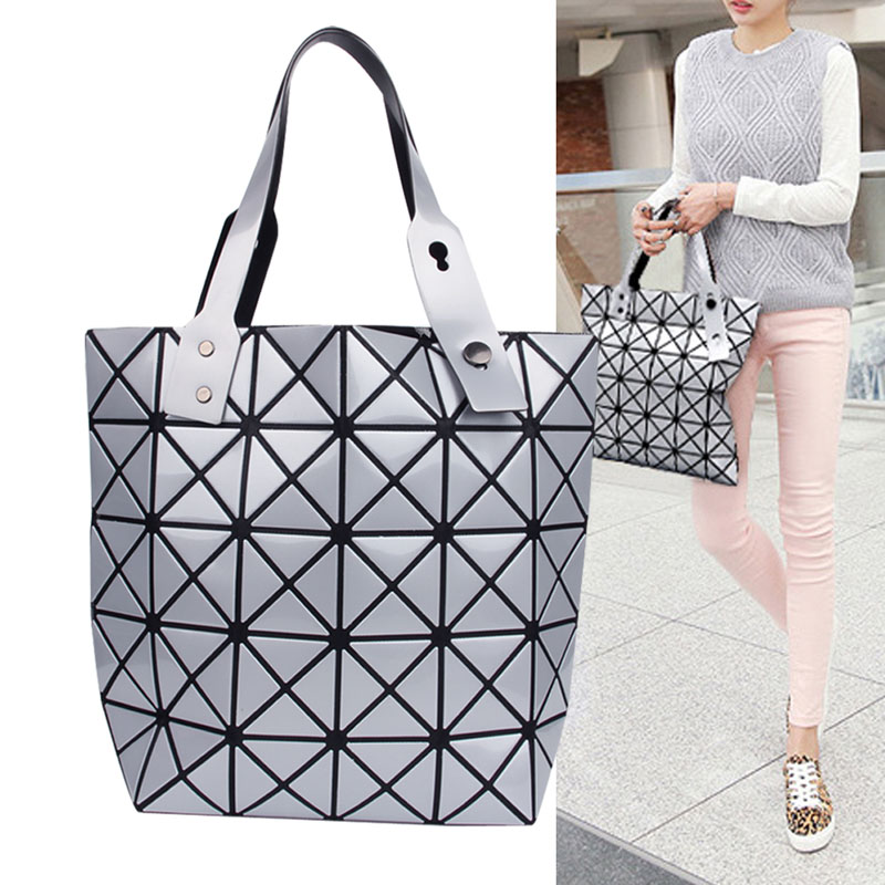 2017 Brand New Fashion Women Ladies Folded Geometric Plaid Bag Casual Tote Shoulder Bag Women Handbag Silver Large Capacity Bag  aresland women bag female folded geometric plaid bag designer fashion casual tote women handbag shoulder bag quality leather