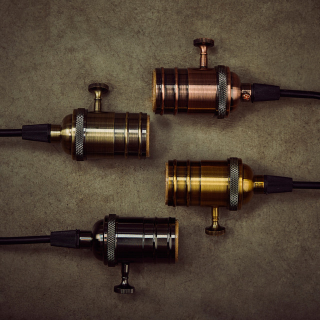 1 PC E26/E27 Lamp Socket Vintage Edison Light Holder Classic Retro Edison Lamp Holder Industrial Bulb Pendants Knob Lamp Bases