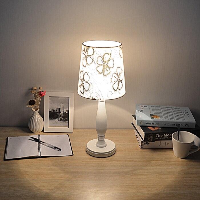 EM Настольный светильник деревянный Средства ухода за кожей Ткань абажур Европа Стиль стол свет для Спальня Гостиная ночники белый E27 wtl025
