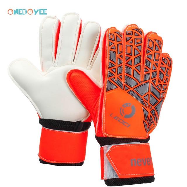 376b228f9c8 Onedoyee Professional Men Kids Football Goalkeeper Gloves Goalie Soccer  Finger Protection Guard Gloves Breathable Non-