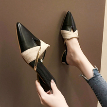 купить Womens Slippers Low Heels Fashion Point Toe Mules Metal Decoration 2019 New Bow-knot Shoes for Women Summer Sandals Zapatos De по цене 799.91 рублей