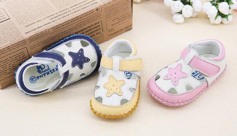2017 musim panas sandal anak laki laki dan perempuan untuk belajar sepatu  bayi lembut 0 1 2 3 tahun bayi yang baru lahir bayi sepatu langkah di  Sandal dari ... 3940119dd8