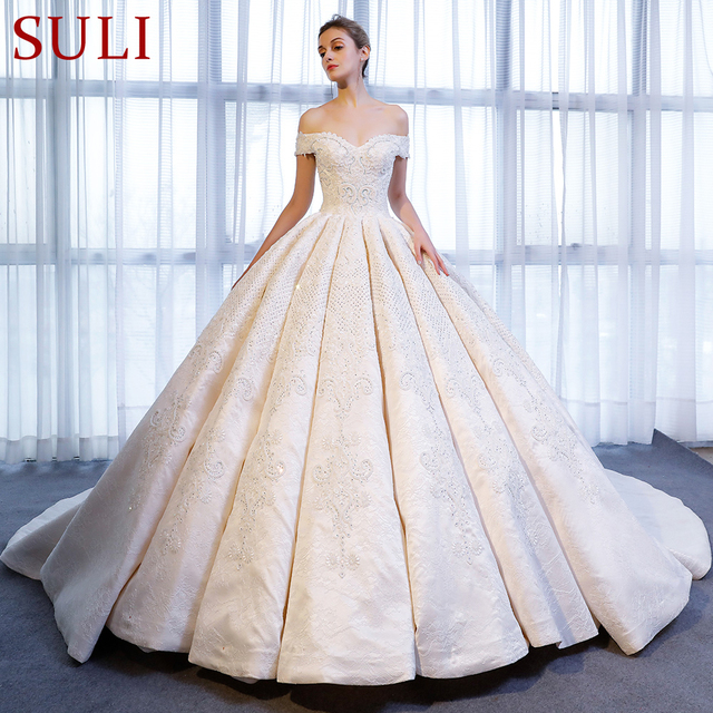 48944025c98 SL-169 Vintage Satin Sweetheart Bridal Gown Beaded Crystal Ball Gown  Wedding Dress 2018
