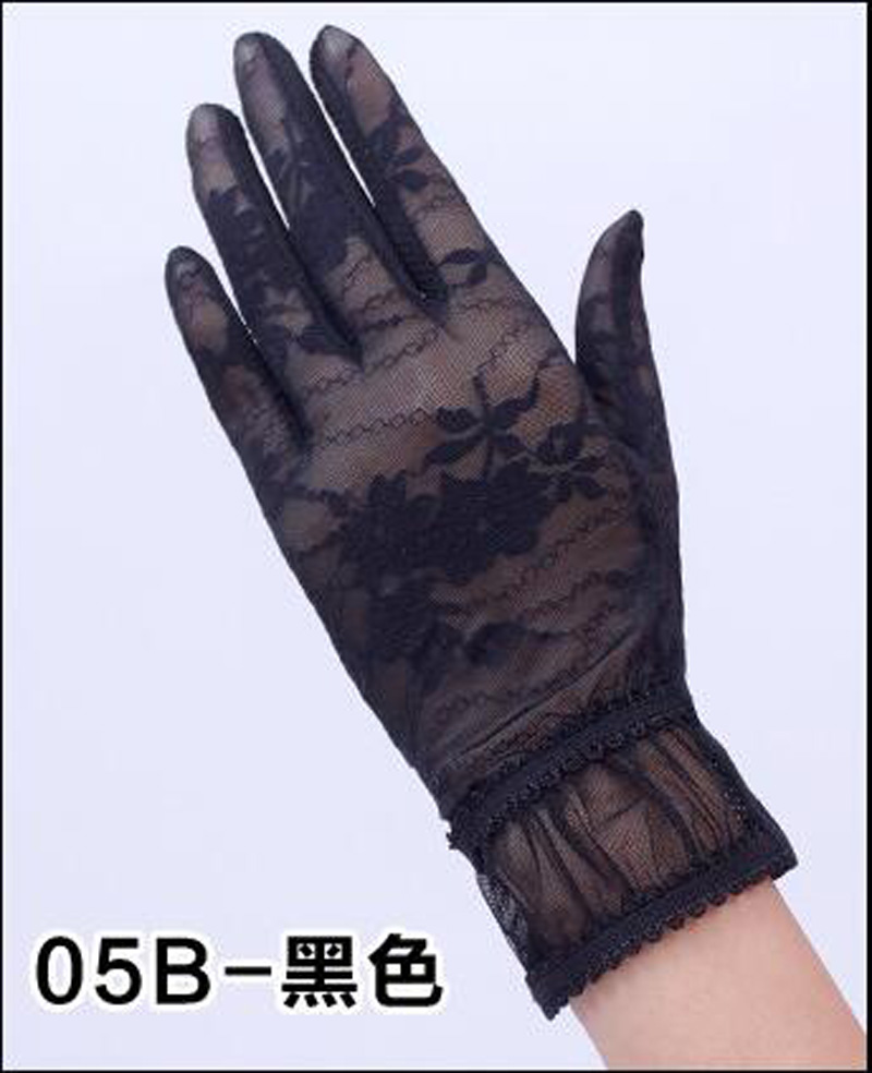 HTB1tsjsRFXXXXcOXFXXq6xXFXXXl - Sexy Summer Women UV Sunscreen Short Sun Female Gloves Fashion Ice Silk Lace Driving Of Thin Touch Screen Lady Gloves G02E